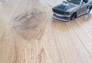 Parchet triplustratificat cu o lamela Polarwood Stejar Premium Cottege lacuit - 2,2 MP