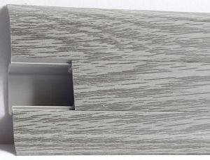 Plinta Lineco din PVC culoare stejar cenusa pentru parchet - 60 mm