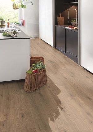 Parchet laminat Egger Design 7,5 mm  Natural Almington Oak - 1,9948 mp